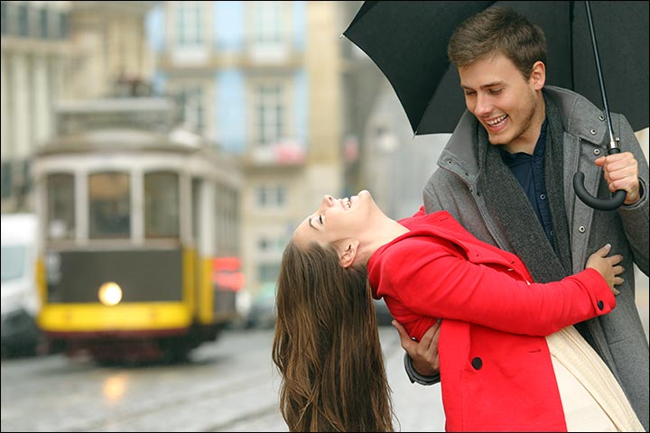How To Impress A Girl For Love - Don't Give In Too Easily