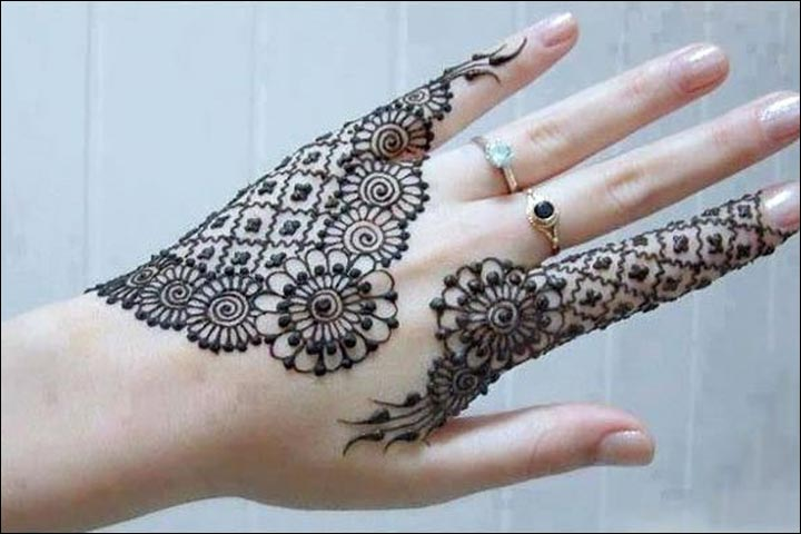 Karva Chauth Mehndi Designs - Floral Lace For Back Of Hand