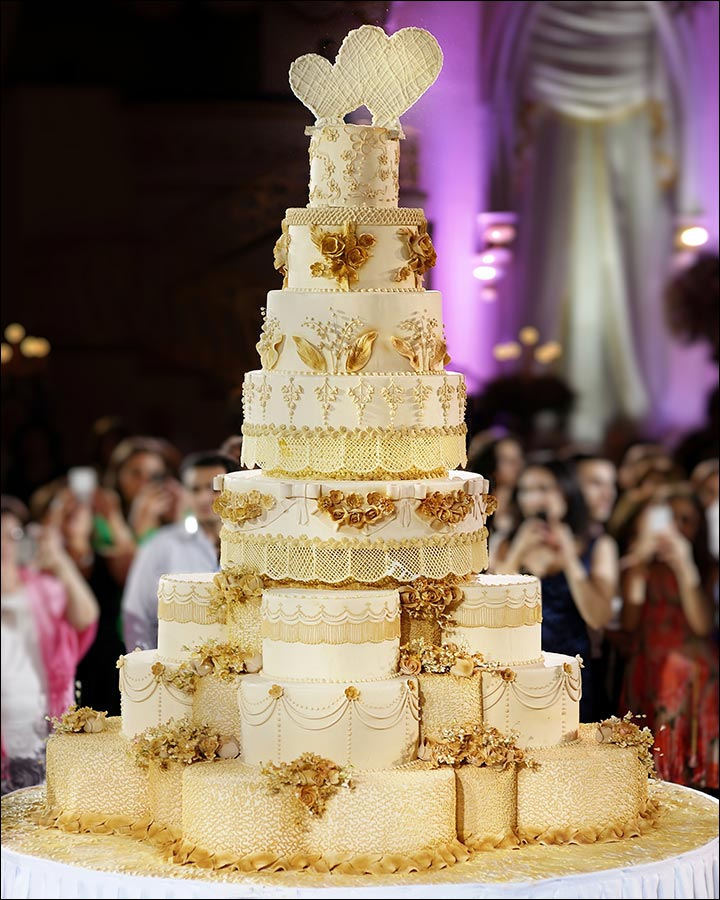 A Giant Butterscotch Wedding Cake