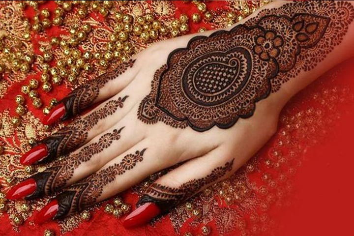 Shaded Mehndi Designs - Intricate Shaded Mehndi Design
