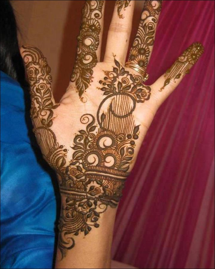 Karva Chauth Mehndi Designs - Leaf Vines And Roses For The Hand