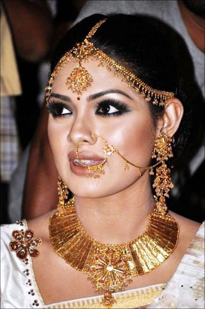 Bengali Bridal Jewellery - Maang Tikka