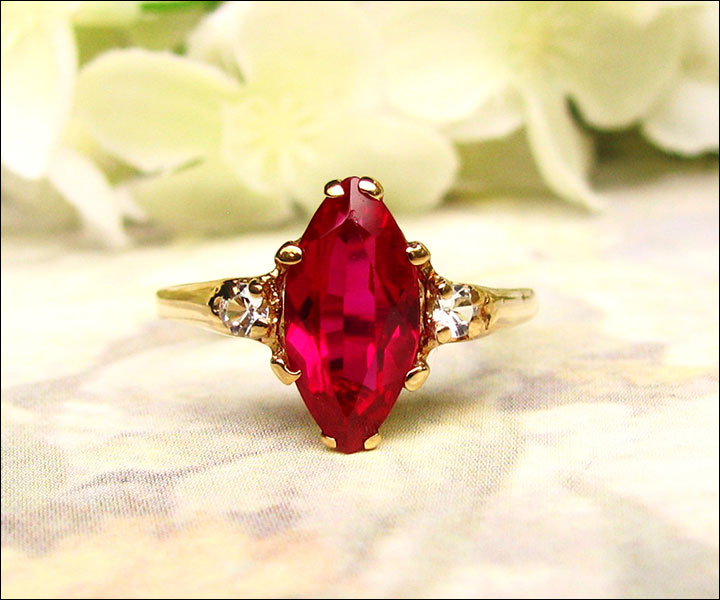 Marquise-Ruby-engagement ring