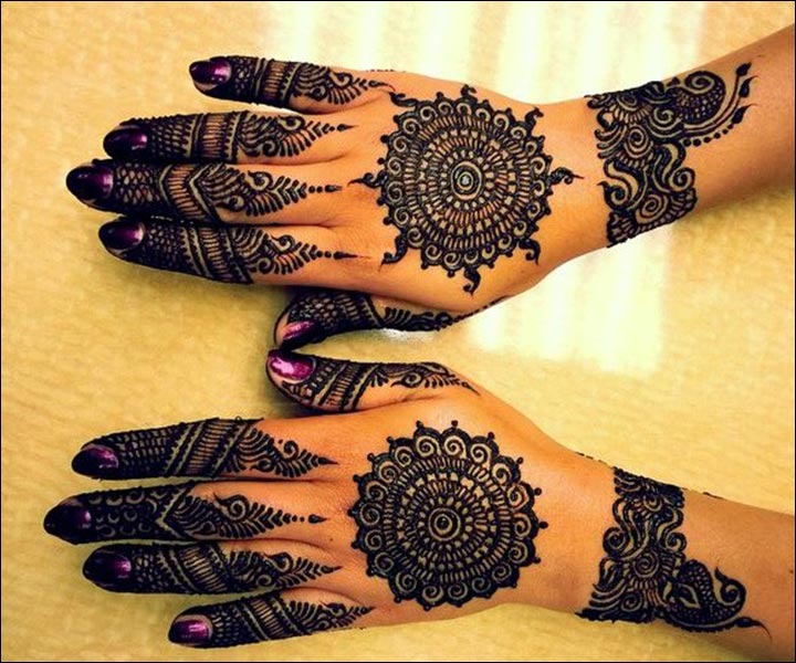 Round Mehndi Designs - Round Art Paired With Design On The Arm