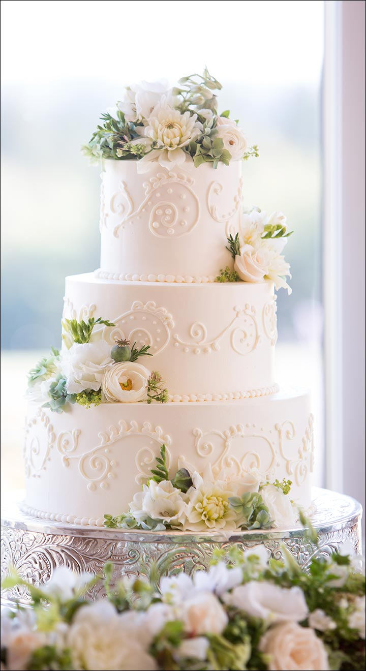 Wedding Cakes - White Wedding Cake