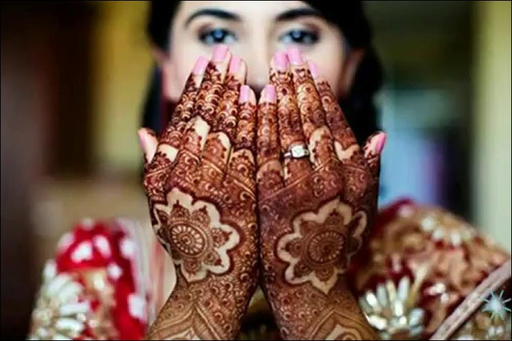Pakistani Bridal Mehndi Designs - The bridal chic design