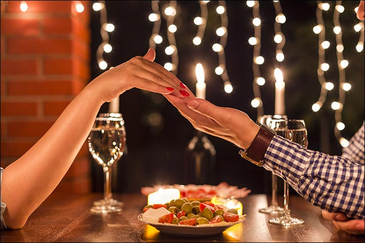 Wedding Gifts For Friends - Book A Romantic Candlelight Dinner For Two