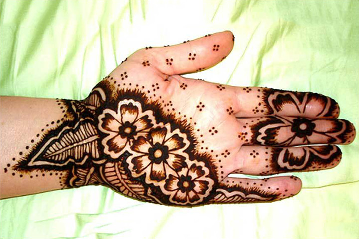 Henna Designs On Palm: From Simple To Stunning