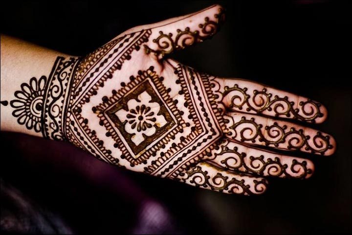 Simple Mehandi Designs - Creative And Classy