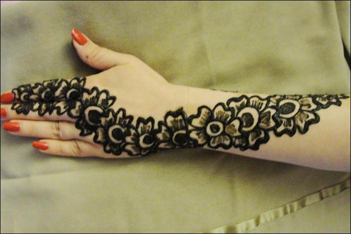 Latest Flower Mehndi Design : Dubai mehndi designs that will leave you captivated