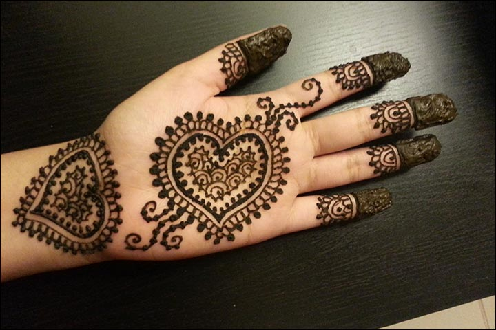 Simple Mehandi Designs - Heart It Out