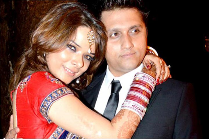 Real Life Successful Love Stories - Mohit Suri And Udita Goswami