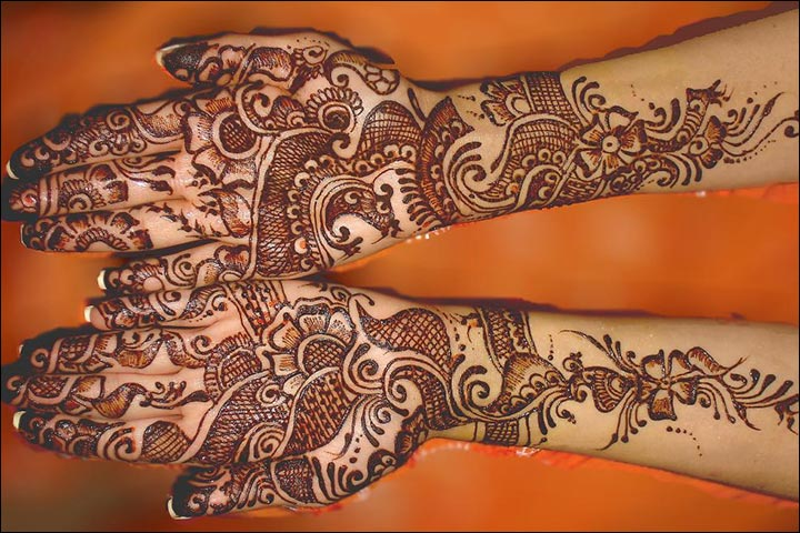 Pakistani Rose Mehndi Design