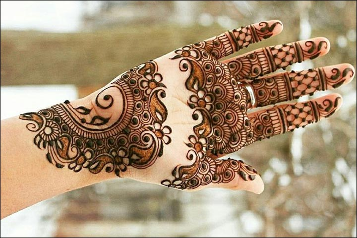 50 Indian Mehndi Designs That Are Beautifully Traditional
