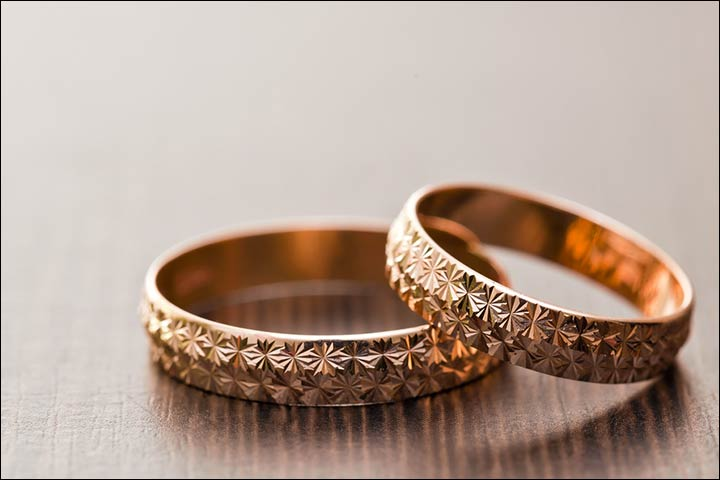 Engagement Rings For Couples - Patterns On Gold