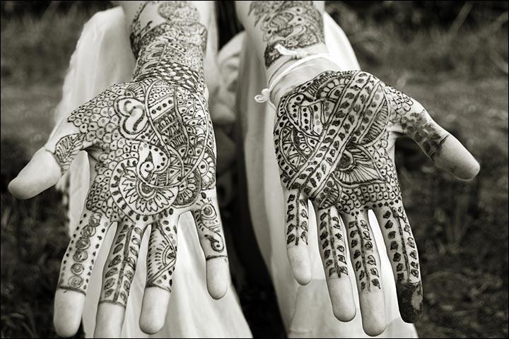 Indian Mehndi Designs - Peacock Motifs