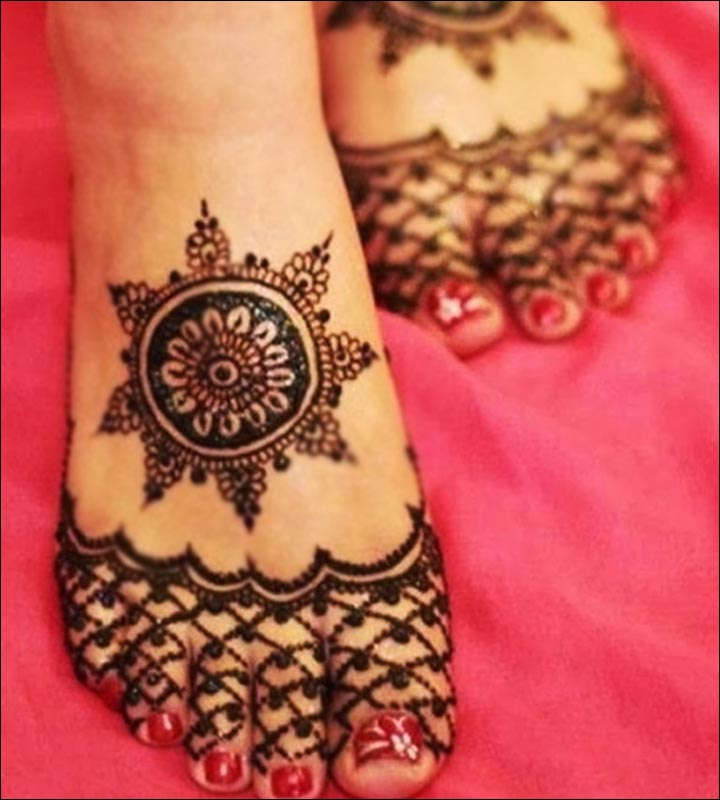 Simple Mehandi Designs - Simple Feet Design