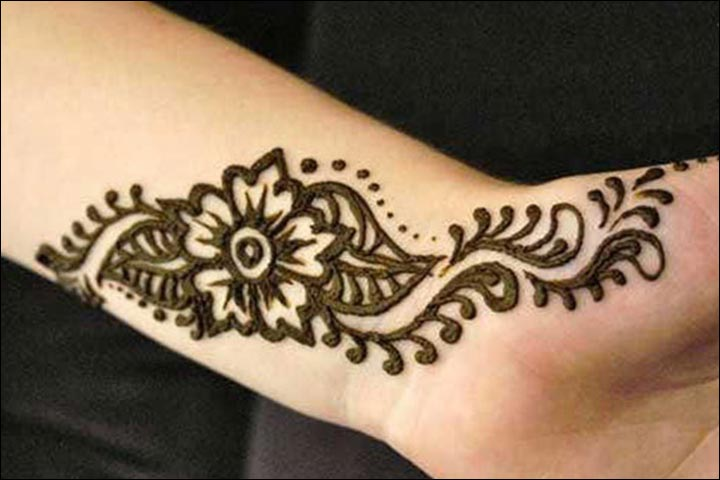 Simple Mehandi Designs - Wrist Design