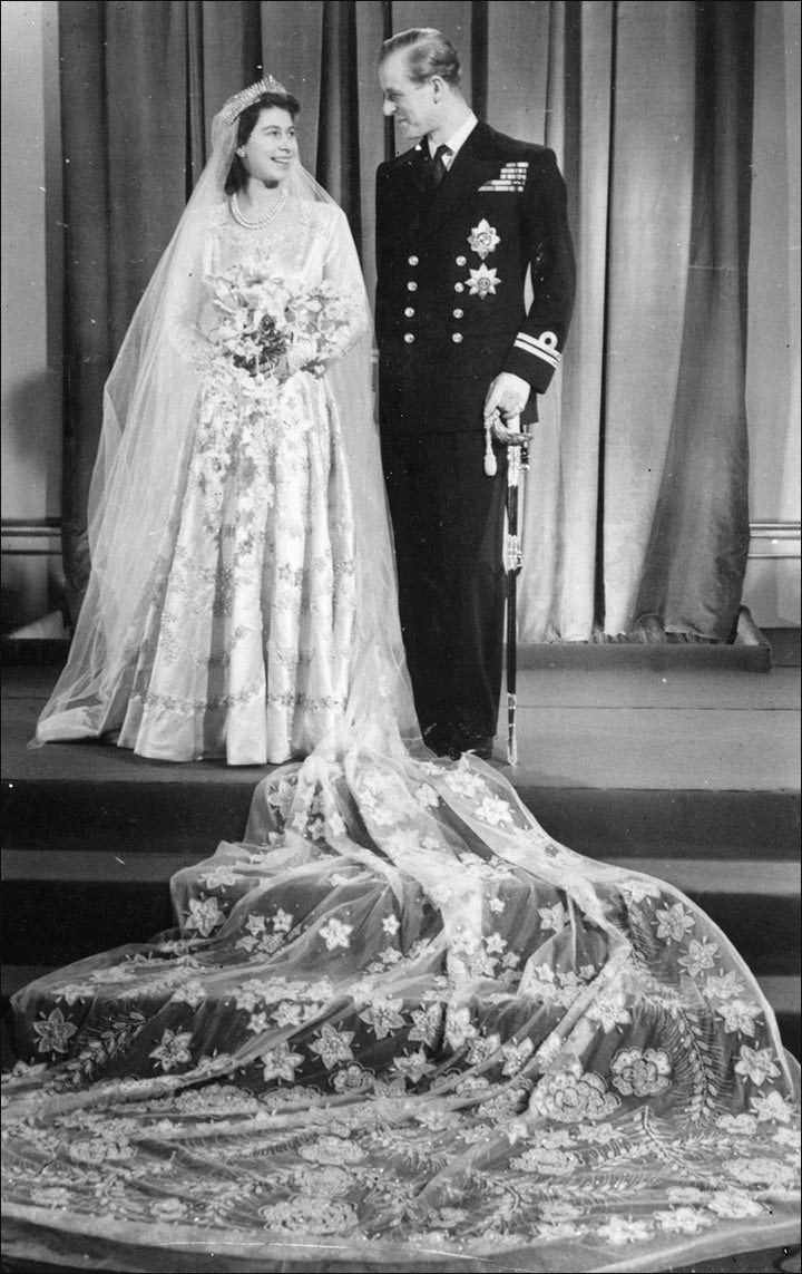 15 Real Life Princesses and Their Royal Wedding Dresses. That You ...