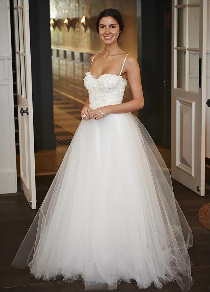 Princess Diana's Wedding Dress - Simple And Sensuous