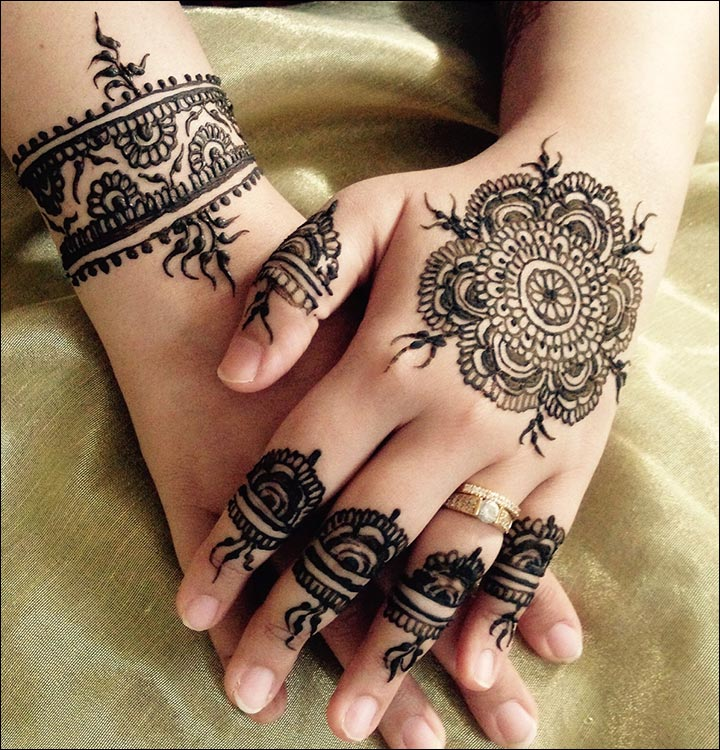 Circle Mehndi Designs - Single Circular Flower And Bracelet Design