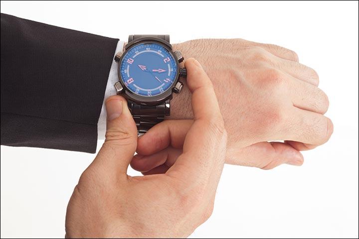Valentine Gifts For Him - Wrist Watch