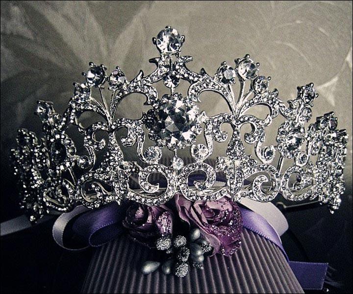 Wedding Tiara - Dazzling Diva