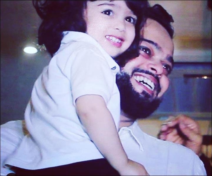 Ayesha Takia's Marriage - Farhan Azmi With Their Son Mikail