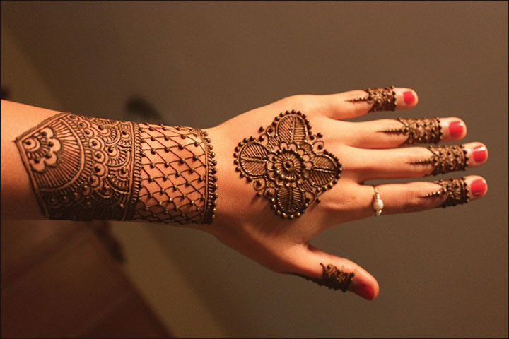 Arabic Mehndi Designs - Regal Restorations