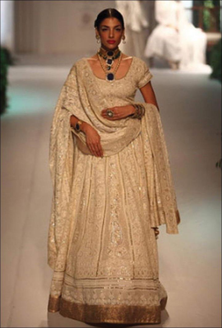 Ghagra Choli For Wedding - So Simple Yet So Stunning