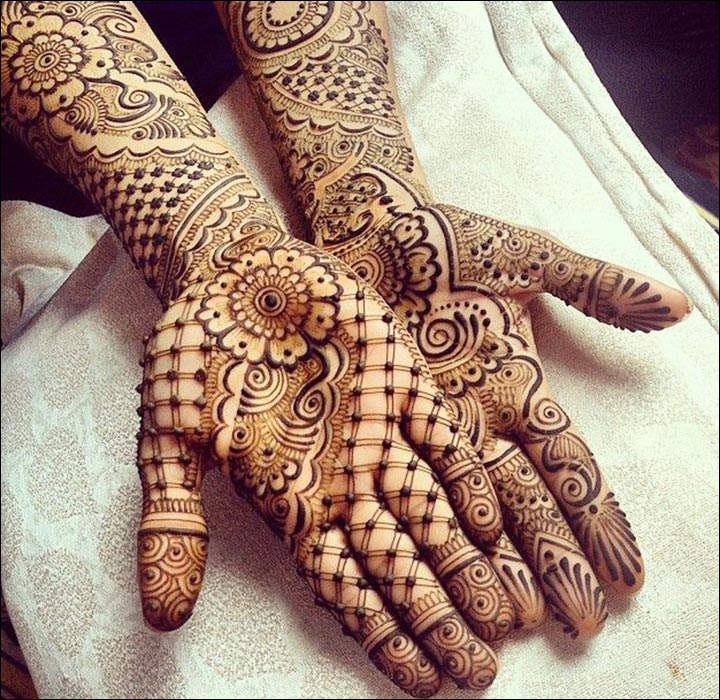 Pakistani Mehndi Designs - A Mixed Affair