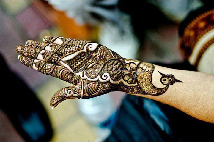 Mehndi Henna Design With Peacock Motif : Pakistani mehndi designs exquisite to make heads turn