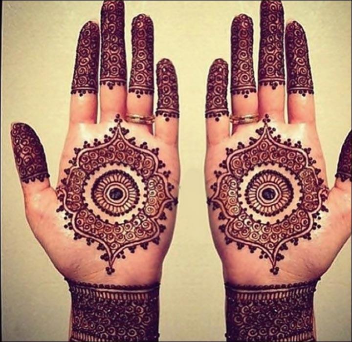 Classic-Statement-Pakistani Mehndi Designs