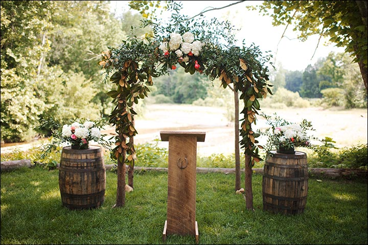 Wedding Arch Decorations - Countryside Barrel By The Side Arch