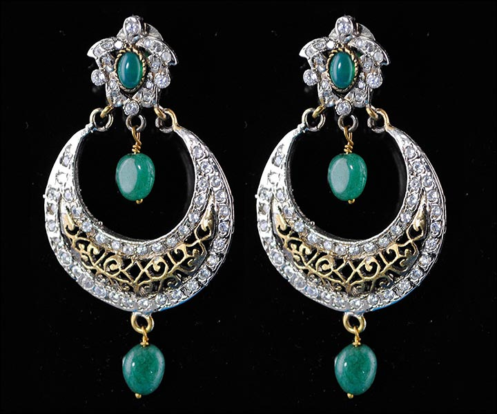 Bridal Earrings Emerald Touch