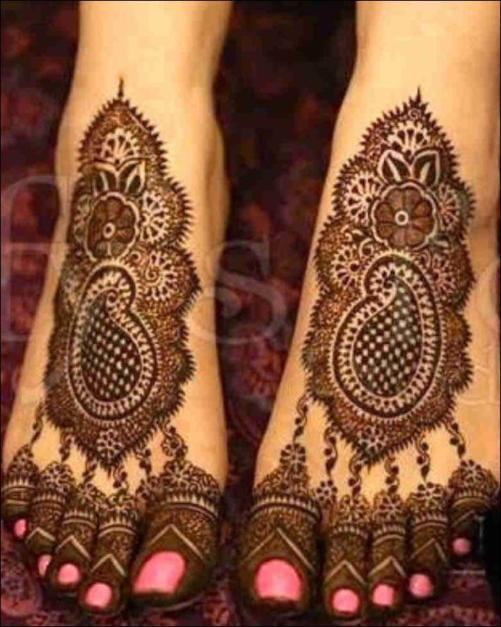 Fabulous-Feet-Pakistani Mehndi Designs