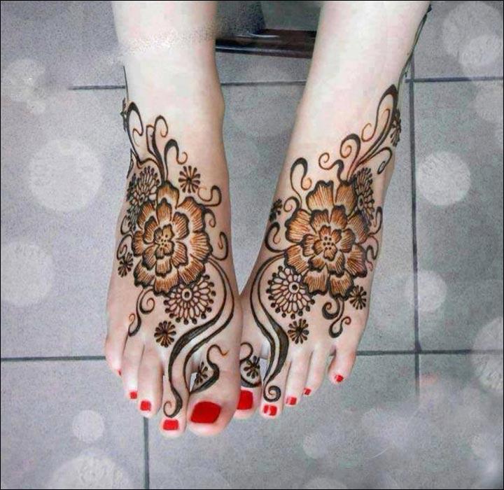 Floral-Feet-Pakistani Mehndi Designs