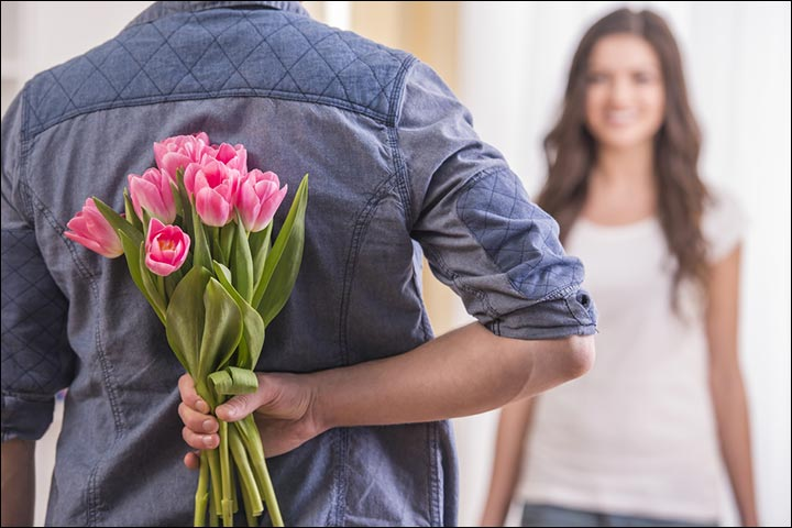 Valentine gift ideas for wife 15 gifts to make it special valentine gift ideas for wife flower power negle Choice Image