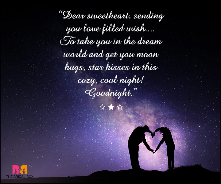 Good Night Love SMS For Girlfriend - Moon Hugs