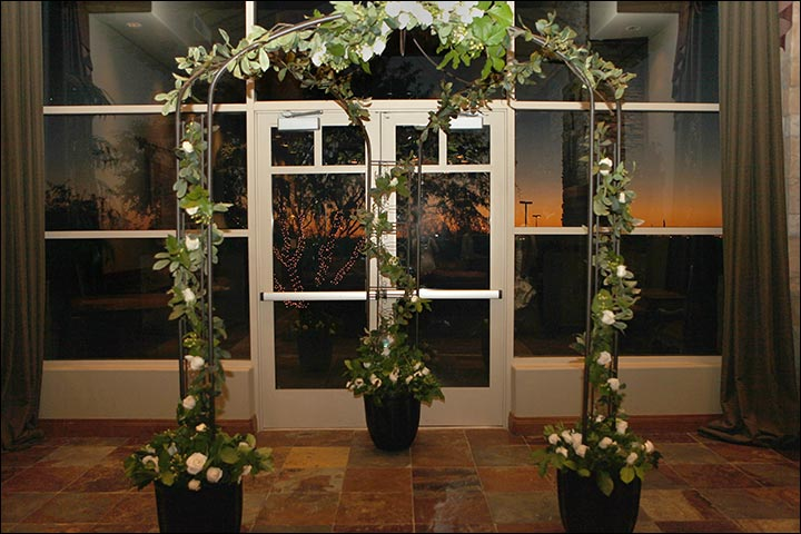 Wedding Arch Decorations: 25 Stunning Ideas You\'ll Fall In Love