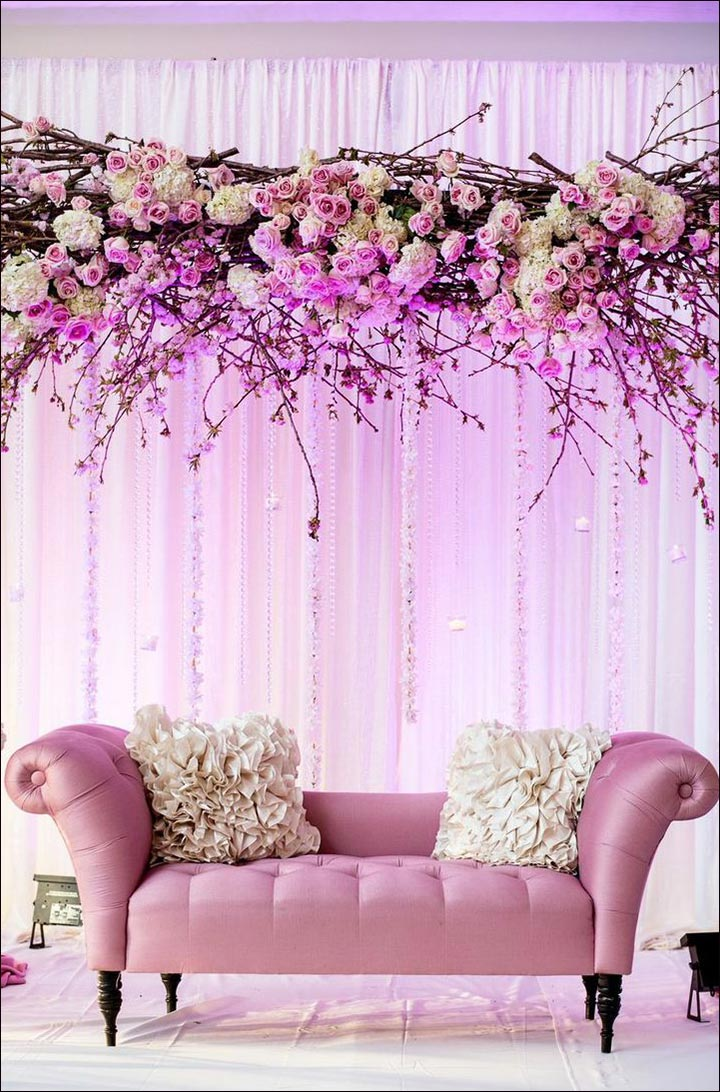 Wedding backdrops 25 stage sets for a fairy tale wedding for Backdrop decoration ideas