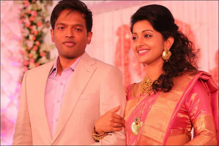 Meera Jasmine Wedding - Meera Jasmine With Anil At The Reception