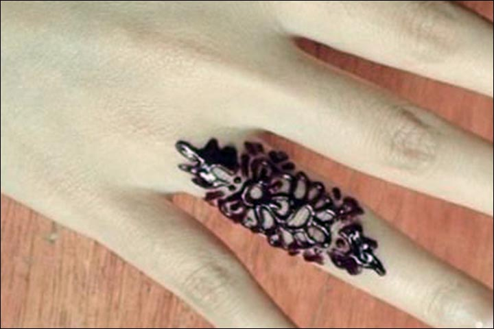Ring Mehndi Designs - Modern Khaleeji Inspired
