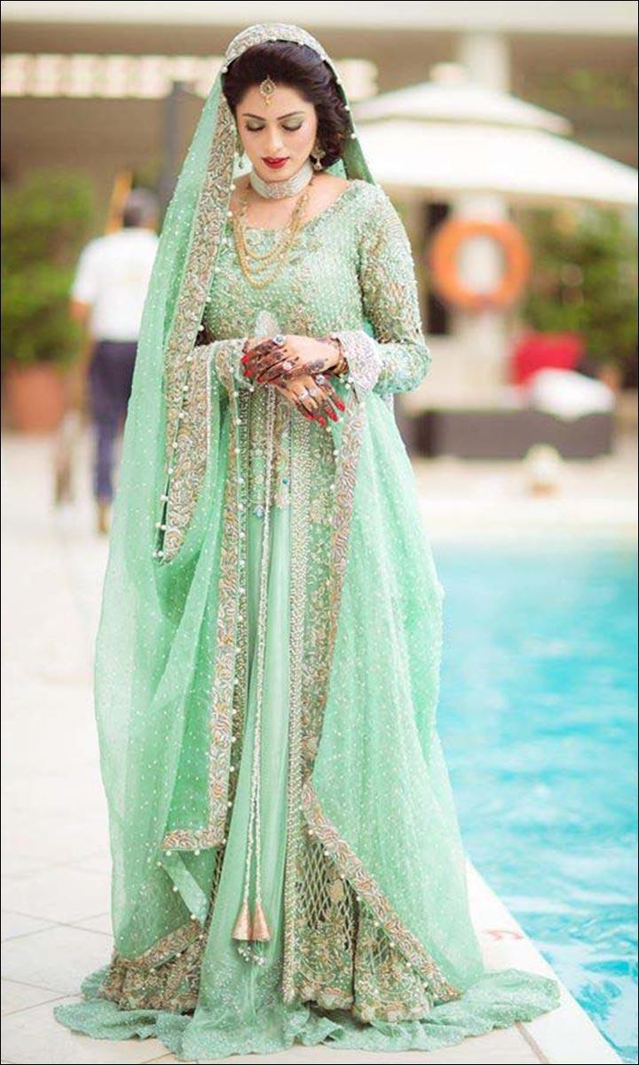 77c595dd93 Pakistani Bridal Lehenga: 10 Lehengas For The Modern Day Diva