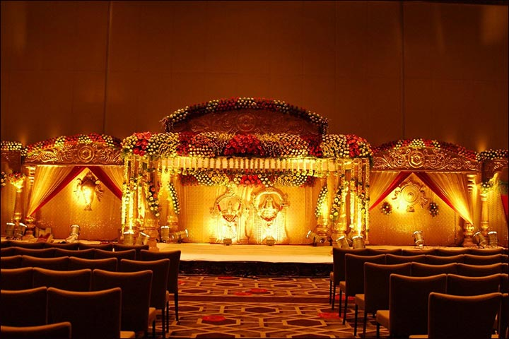 Wedding Backdrop Ideas - South Indian Wedding Backdrop