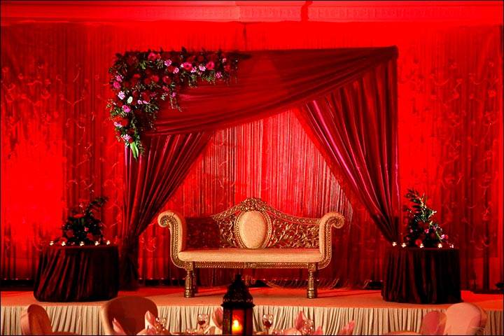 Wedding Backdrop Ideas - Traditional Red Wedding Backdrop