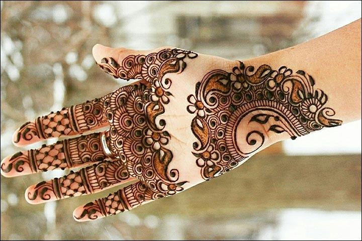 Uniform-Uniqueness-Pakistani Mehndi Designs