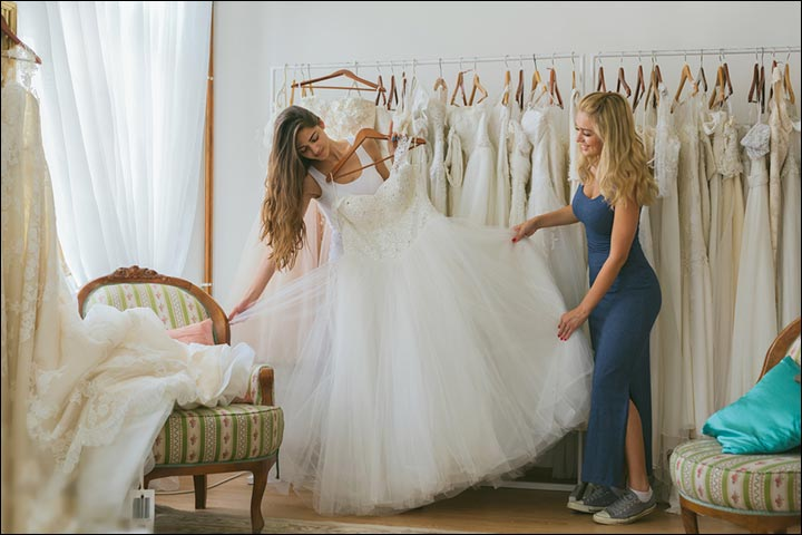 How To Choose A Wedding Dress - Don'ts