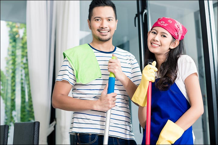 How Should A Husband Treat His Wife - Help Her With Household Work