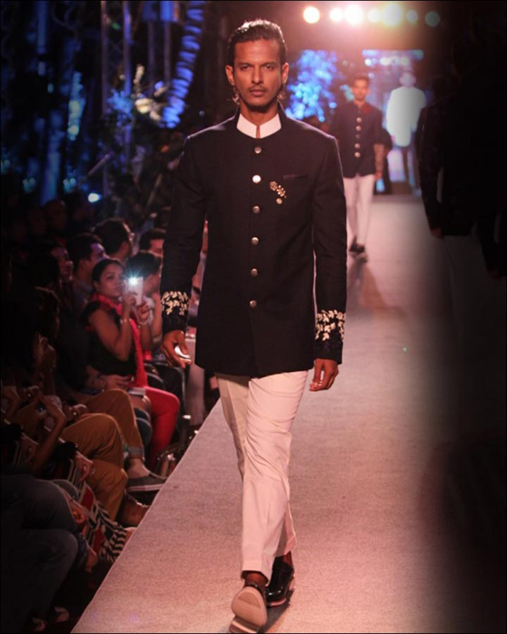 Navy-Blue-Bandhgala-By-Manish-Malhotra-Indian Wedding Suits For Groom